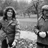 Treat Williams e Milos Forman sul set di Hair, 1979