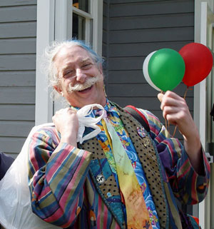"Hunter Doherty ""Patch"" Adams, medico, attivista e scrittore statunitense."
