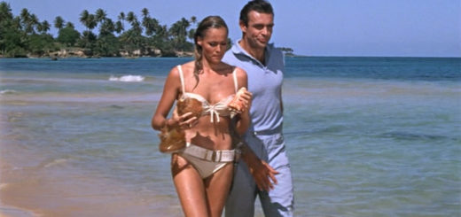 "Sean Connery e Ursula Andress in ""Doctor No"" (Licenza di uccidere, 1962)"
