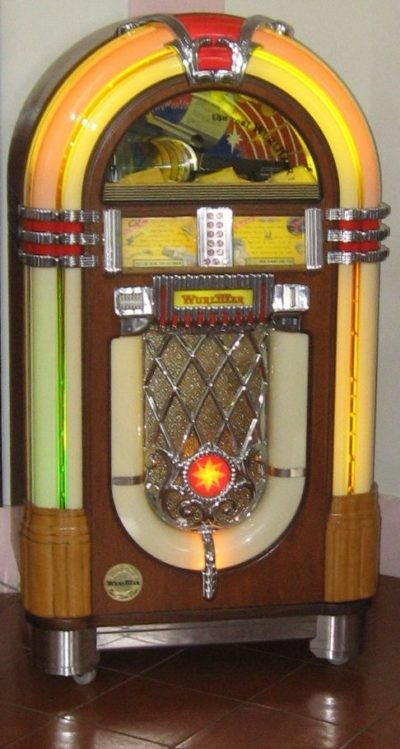 Tipico jukebox Wurlitzer