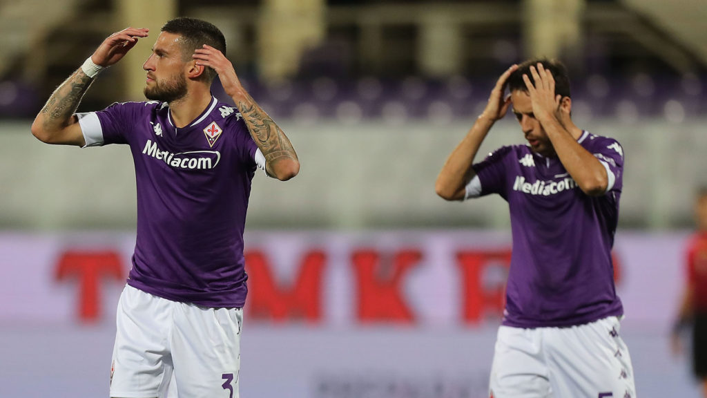 FLORENCE, ITALY - OCTOBER 02: Cristiano Biraghi and Giacomo Bonaventura of ACF Fiorentina reacts during the Serie A match between ACF Fiorentina and UC Sampdoria at Stadio Artemio Franchi on October 2, 2020 in Florence, Italy.  (Photo by Gabriele Maltinti/Getty Images)